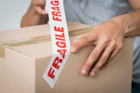 packing fragile items for moving