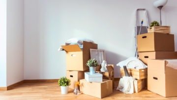 How Specialty Moving Boxes Make the Move Easier