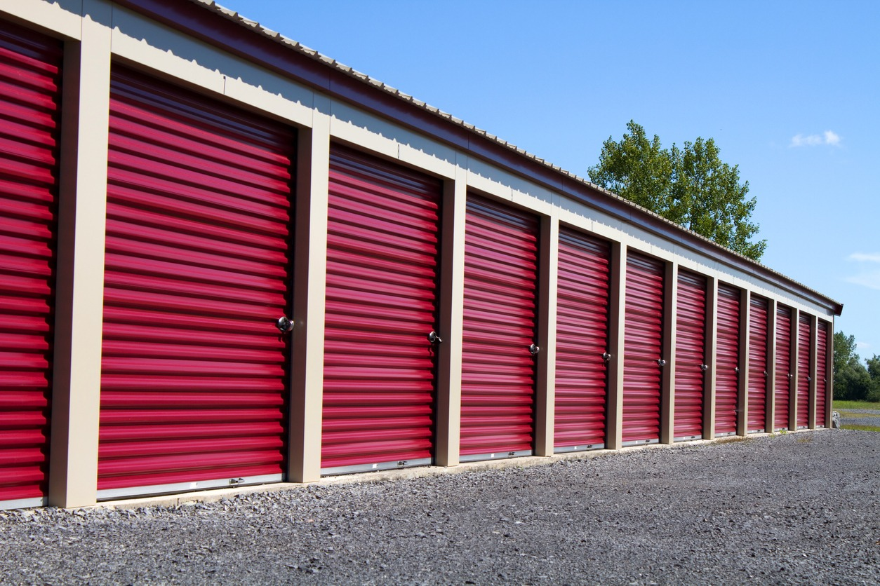 Mini rental units for temporary self storage